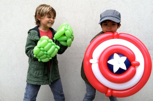 disfraz casero de hulk y capitan america