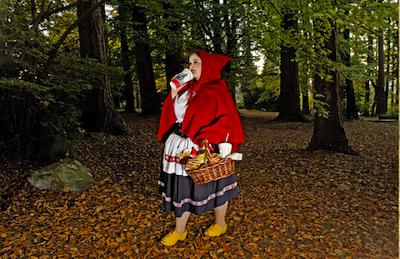 Caperucita Roja de la serie de Fallen Princesses