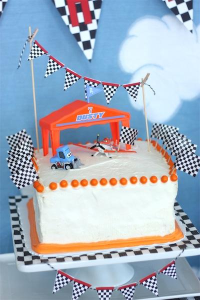 fiesta de cumple de aviones tarta