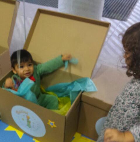 bebe caja cumpleaños infantil