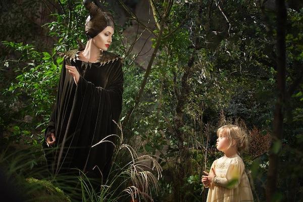 Malefica y la Princesa Aurora, escena de Malefica la pelicula de Disney