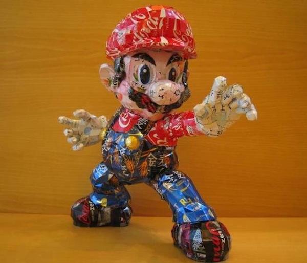 Escultura Mario Bros Reciclado