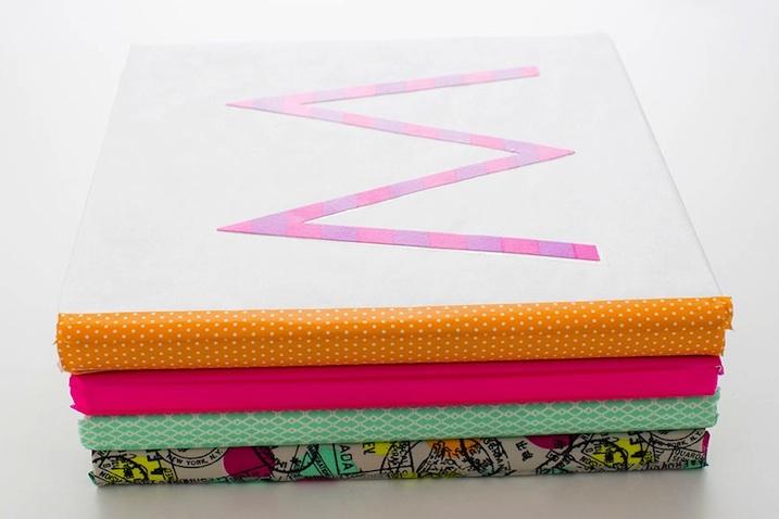 forrar libros washi tape letra M