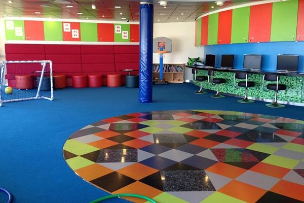 Zona infantil deportiva interior