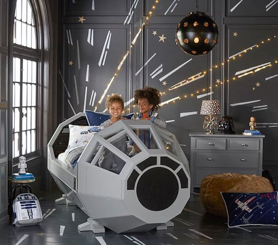 habitacion infantil decorada star wars cama
