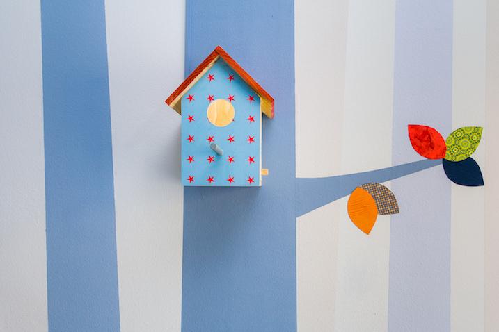 habitación bebé árbol casa pájaro