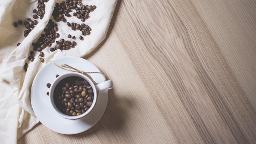 cafeina embarazo causa de aborto espontaneo