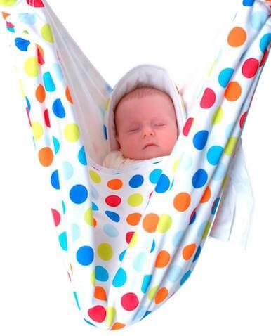 manta para bebé blanca con lunares