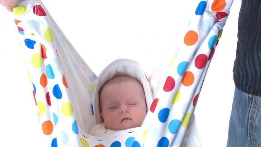 manta para bebe blanca con lunares