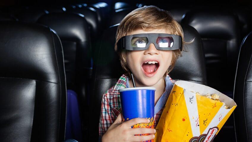 Cuál es la mejor edad para llevar niños al cine