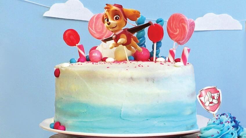 Decoración de cumpleaños de Skye de la Patrulla Canina