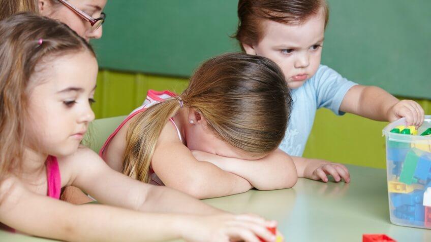 fobia escolar y ansiedad de separación en los niñ@s