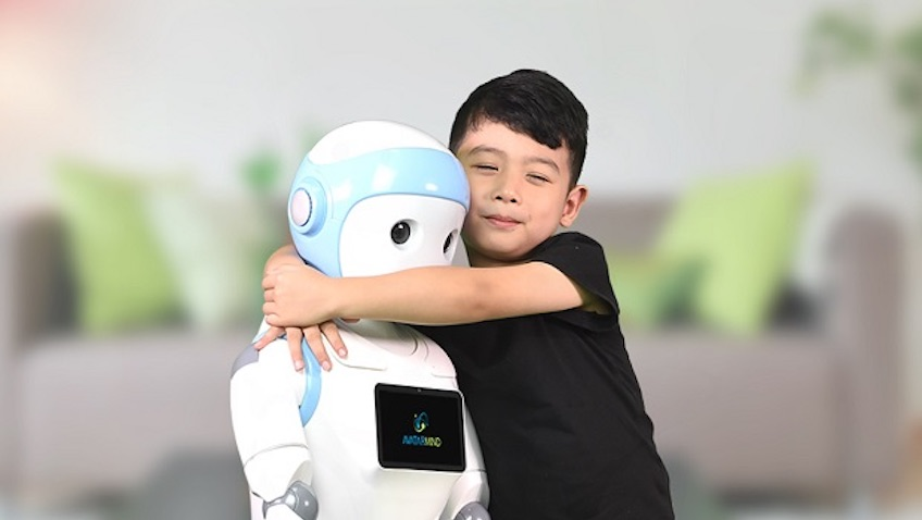 ipal robot niñera