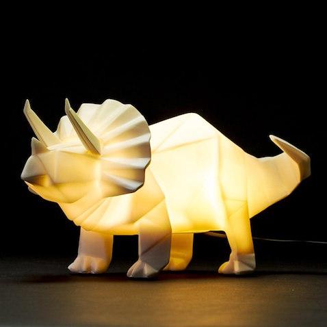 lámpara infantil dinosaurio Triceratops