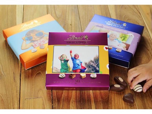 Caja de bombones personalizada para felicitar a mamá en su día