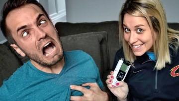 Padre prueba simulador de parto para hombres ¿Adivina cuánto aguanta?