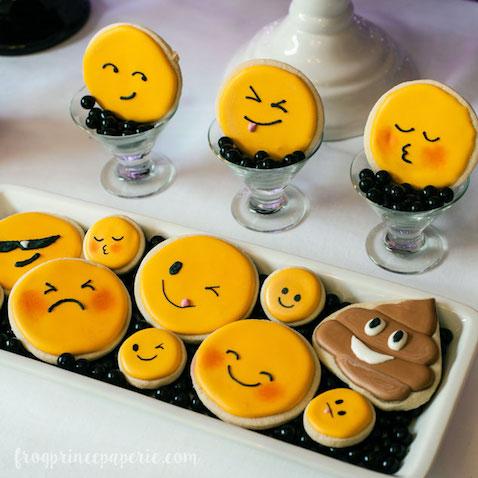 Galletas decoradas de Emojis para una fiesta