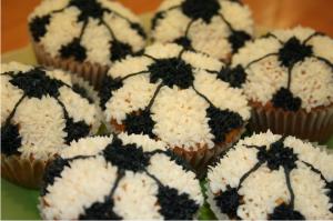 Cupcakes sin gluten decorados de futbol