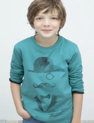 camiseta de bigotes para niño de zara