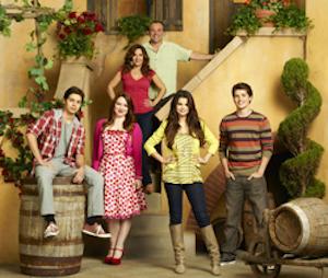 Selena Gomez vuelve a Disney Channel en El retorno de los Magos- Alex vs Alex
