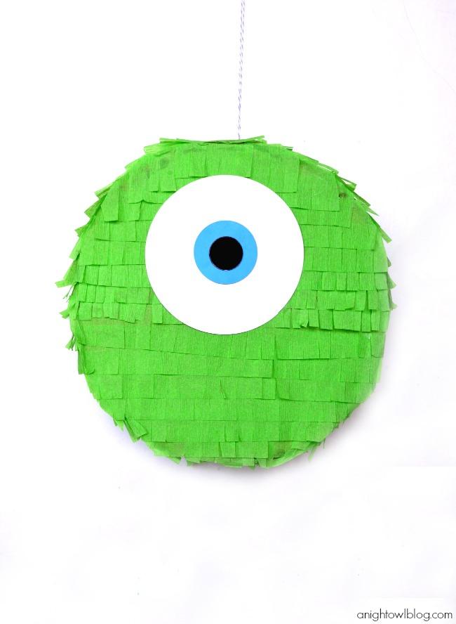 piñata mike de monstruos university