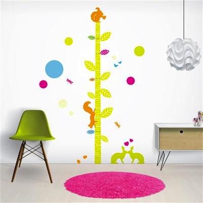 Vinilo infantil de pared con medidor de altura de Funky Little Darlings