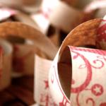 3 ideas para reutilizar el papel de regalo de la Navidad