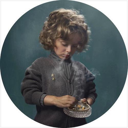 niños fumando niño cenicero