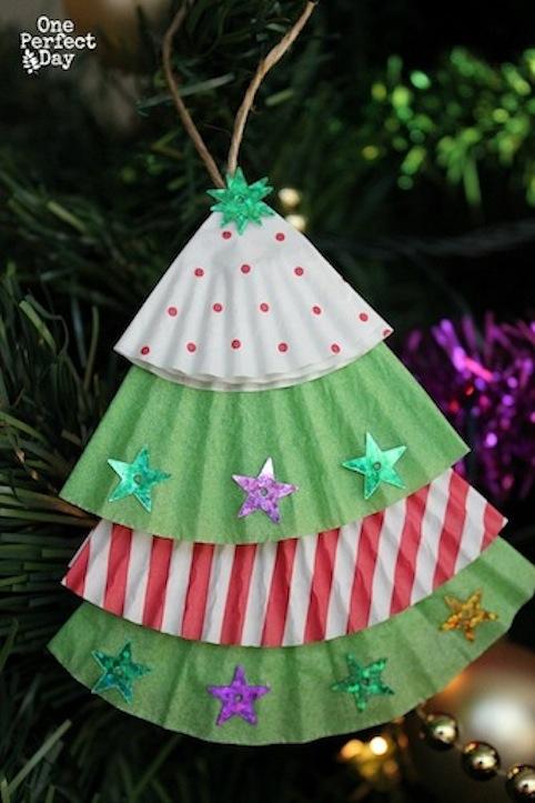Adorno con forma de árbol de Navidad