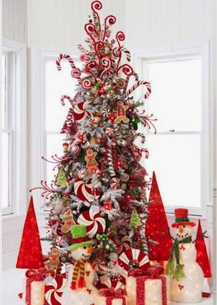 arbol de navidad decorado con caramelos