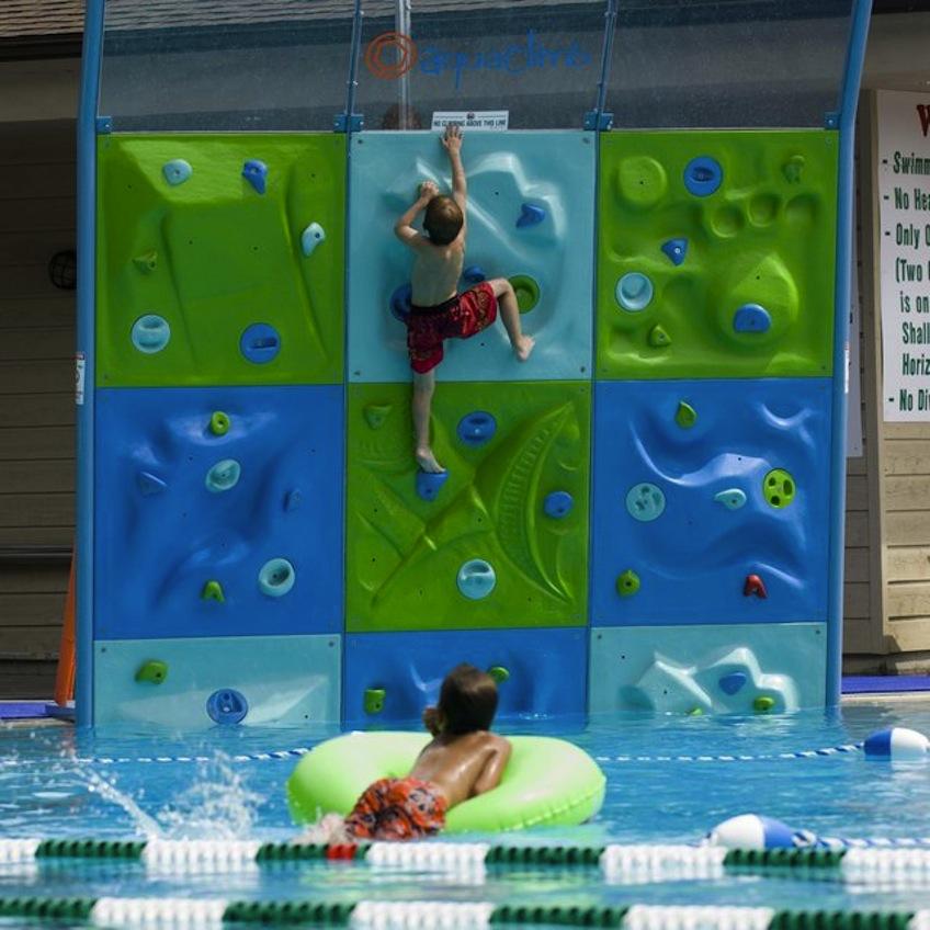 rocodromo escalar piscina