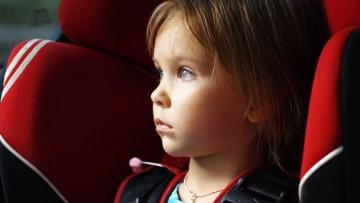 Consejos para viajar en coche con niños durante las vacaciones de verano