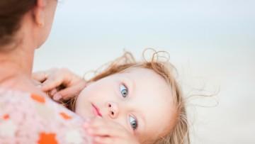 No es cierto el estudio de que los hijos se comportan peor con sus madres