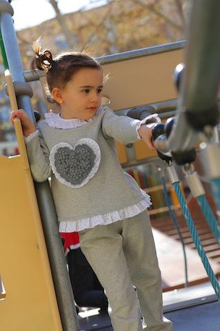 Chandal infantil para niña gris