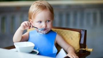 Hora de comida y cena, hábitos y rutinas en la mesa desde la infancia