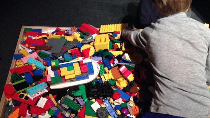Zona de juegos exposición Lego