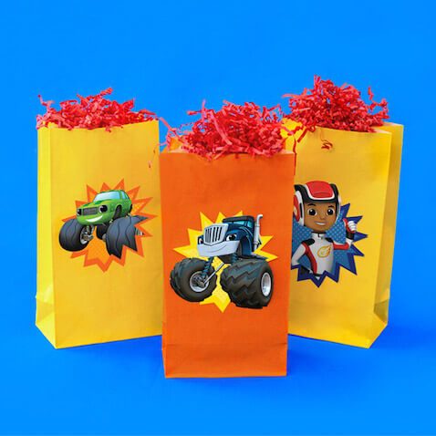 fiesta de blaze y los monster machines bolsas chuches