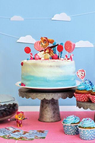 Tarta de cumpleaños de Skye de la Patrulla Canina