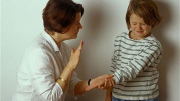 Pegar a los niños no funciona, pero hay quienes no saben qué más hacer…
