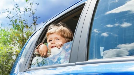 5 consejos para evitar mareos en el coche de los niñ@s