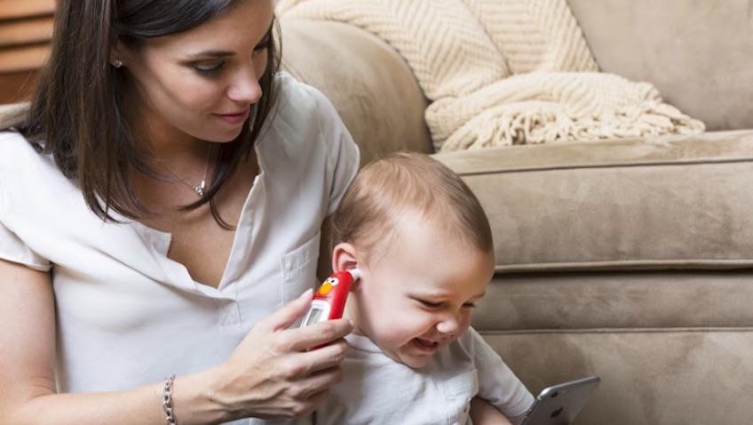 termómetro de oido para bebés inteligente de elmo