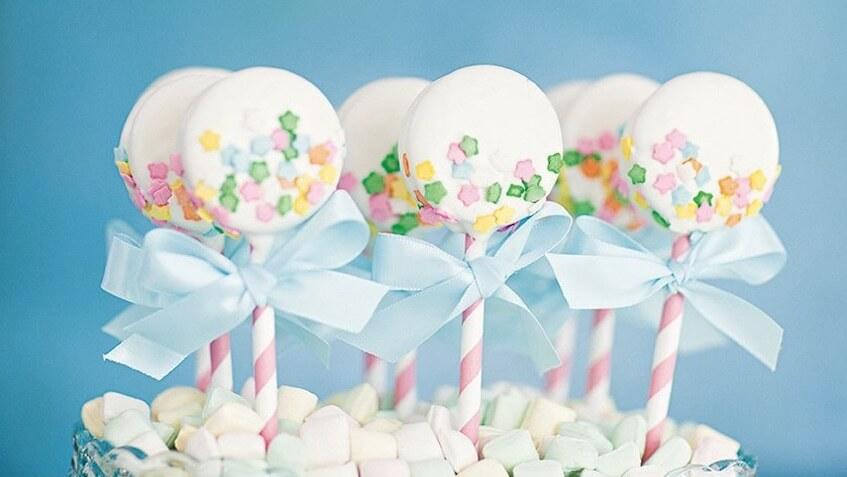 organizar baby shower mesa cakepops candybar