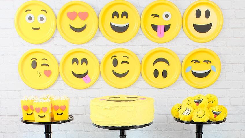 decoración fiesta de cumpleaños de la emoji película