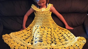 Vestidos de princesas y más prendas hechas de ganchillo para bebés y niñ@s