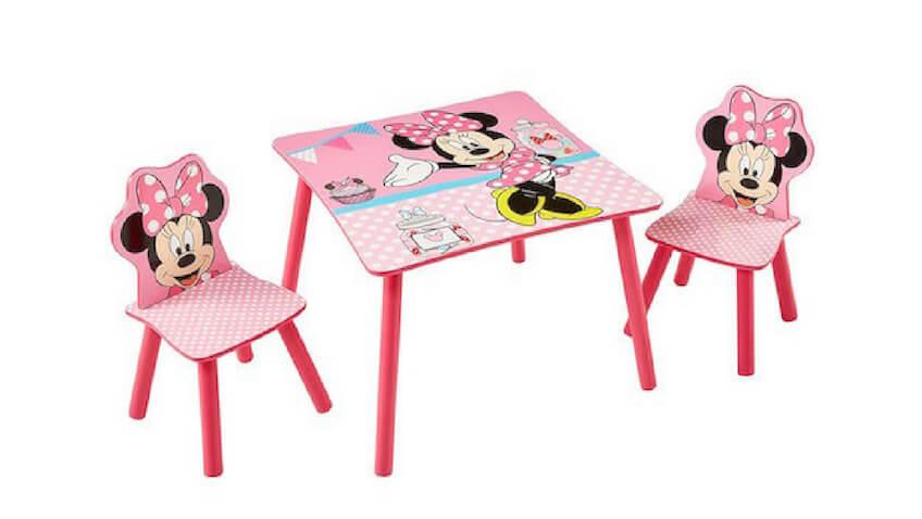 Mesa y dos sillas infantiles de Minnie para niñas