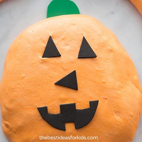 Slime de Calabaza decorada para Halloween